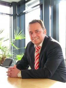 Dr. Jörg Lührs, Geschäftsführer der GESUTRA GmbH, ist überzeugt von dem Produktportfolio von Mitsubishi Gabelstapler