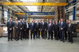 Der Vorstand des VDMA-Fachverbands Fördertechnik und Intralogistik tagte bei VETTER Krantechnik in Haiger