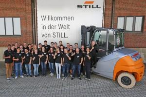 Das_neue_Team_von_STILL-Auszubildenden_in_Hamburg