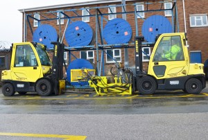 naval-base-automates-control-of-forklift-fleet-with-hyster-tracker_e